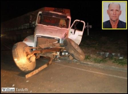 Caminhoneiro morre em acidente na BR-452, perto de Nova Ponte