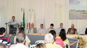 Vice-governador determina início de asfaltamento em rodovia de Medeiros à Pratinha
