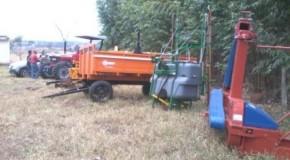 Trator e implementos agrícolas entregues à comunidade de Cabeceira da Abelha