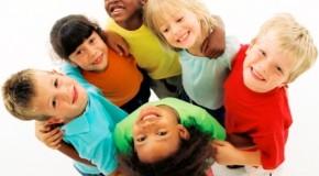 Grupo faz campanha para arrecadar doações para Dia das Crianças