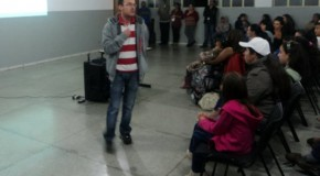 Cras Tapira realiza reunião com alunos das oficinas