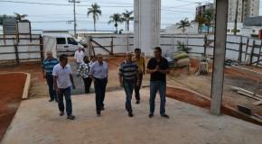 Comissão da Câmara visita o futuro shopping de Araxá