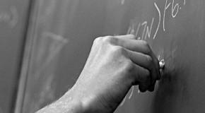 Prefeitura de Patos concede adicional a professores da rede municipal