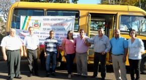 Aquisição de microônibus e ambulância beneficia Campos Altos