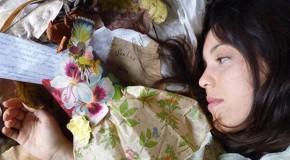 Peça Sonhos para Vestir, de Sara Antunes, em Araxá na próxima sexta
