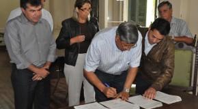 Prefeitura de Araxá viabiliza mais uma ambulância para a Santa Casa
