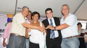 Prefeitura de Araxá e Caixa entregam mais 500 casas populares
