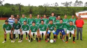 Canoas é campeão do Campeonato Amador de Tapira 2013