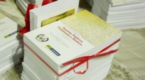 Câmara de vereadores lança livro sobre a história política de Tapira