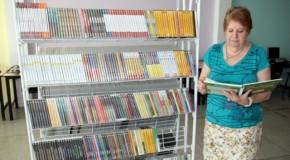 Prefeitura de Tapira adquiri DVDtecas para escolas municipais