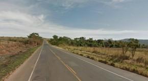 Ônibus rodoviário é interceptado por ladrões, perto de Perdizes