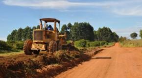 Produtores rurais satisfeitos com manutenção de estradas vicinais