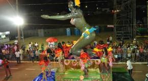 Pela primeira vez, Escola de Samba Unidos do Morro vence o Carnaraxá