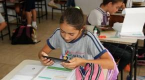 Alunos recebem tablets para incentivar aprendizado em Tapira