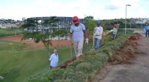 Codemig patrocina cercamento da Câmara Municipal de Araxá