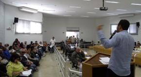 Vereador Romário do Picolé apresenta denúncias político-administrativas contra o prefeito Jeová Moreira da Costa