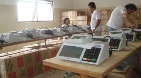 Urnas Eletrônicas começam a ser lacradas em Araxá
