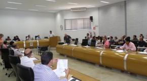 Vereadores apreciam 11 projetos que estavam na pauta da Câmara de Araxá