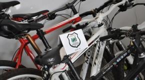 Bicicletas e skates são apreendidos em locais proibidos no Centro de Araxá