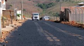 Obras de asfaltamento beneficiam moradores de Tapira