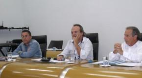 Aprovada, em segunda votação, alteração que permite reeleição do presidente da Câmara de Araxá