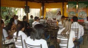 Representantes de bairros visitam fábrica da Bem Brasil em Araxá