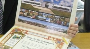 Câmara de Araxá divulga nomes de agraciados com honrarias municipais em 2014
