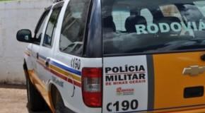 Caminhões colidem na BR-452, no município de Perdizes