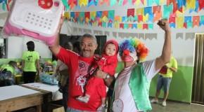 Hospital de Brinquedos realiza doação para crianças de Araxá