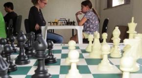 Praticantes disputam 3º etapa de Circuito de Xadrez, em Araxá