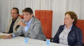 Prefeito Aracely de Paula anuncia nova composição das secretarias municipais