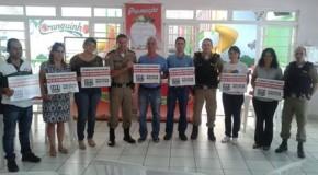 Comércios do Centro de Araxá aderem projeto da Polícia Militar