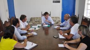 Prefeitura de Araxá e Cemig se reúnem para tratar da iluminação pública