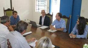 Representantes da CBMM visitam o Prefeito de Araxá, Aracely de Paula