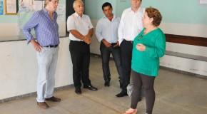 Secretária de saúde, Lídia e prefeito Aracely, fazem visita à Unisa, no Bairro São Geraldo