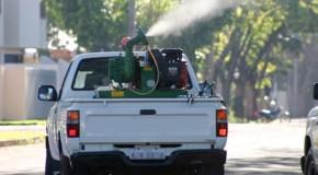 Carro fumacê roda as ruas de Araxá no combate ao Aedes Aegypti