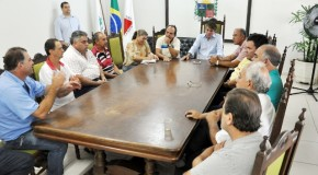 PMA e donos de açougues se reúnem para debater o frigorífico municipal