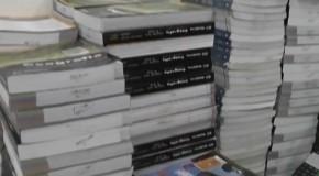 Dia do Perdão busca recuperar livros e ainda faz doação para vestibulandos em Araxá