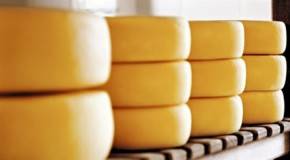 MP discute regularização da venda e do comércio do queijo em Araxá