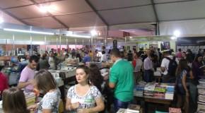 Começa o Fliaraxá 2015, que também comemora os 150 anos de Araxá