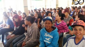 Alunos de Araxá aprendem sobre os perigos das pipas perto do Aeroporto