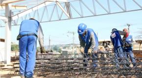 Reinício de obras pelo Governo do Estado gera mais de mil empregos diretos