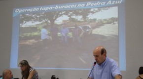 Operação tapa buracos no Bairro Pedra Azul é solicitada pelo Vereador Fabiano