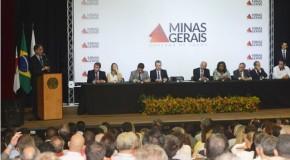 Governador autoriza repasse de R$ 60 milhões para transporte escolar em 843 municípios mineiros