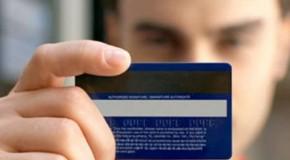 Com cartão clonado, mulher em Araxá tem prejuízo de R$ 3 mil