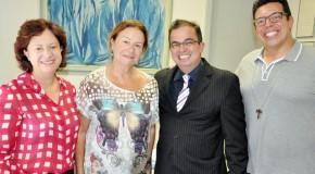 Nova presidente da FCAA se reúne com juiz e promotora