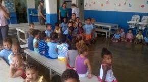 Crianças são conscientizadas a respeito da dengue em Patos de Minas