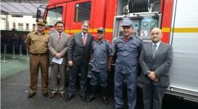 Governador entrega 63 novas viaturas ao Corpo de Bombeiros Militar de Minas Gerais