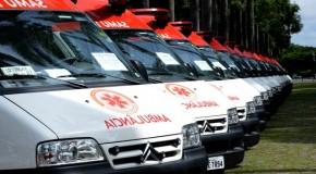 Governador entrega 24 ambulâncias para o Samu a municípios mineiros