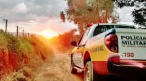 Patrulha Rural da PM prende acusados de furtar trator em Perdizes